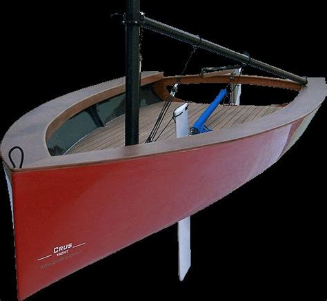 truc  single handed sail boat constructed  frp