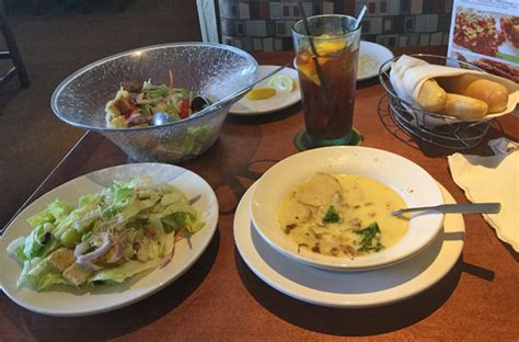 soup and salad olive garden review of olive garden 33433 restaurant 22161 powerline rd