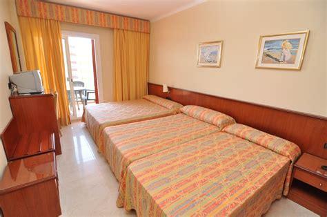 hotel monte carlo rosas habitaciones hotel montecarlo roses costa brava vacaciones en roses costa brava rosas