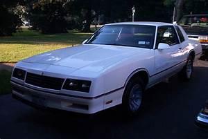 1986 Chevrolet Monte Carlo - Exterior Pictures