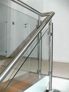 Treppengeländer Mit Glas : edelstahl gel nder mit einer glasf llung aus vsg ~ Markanthonyermac.com Haus und Dekorationen