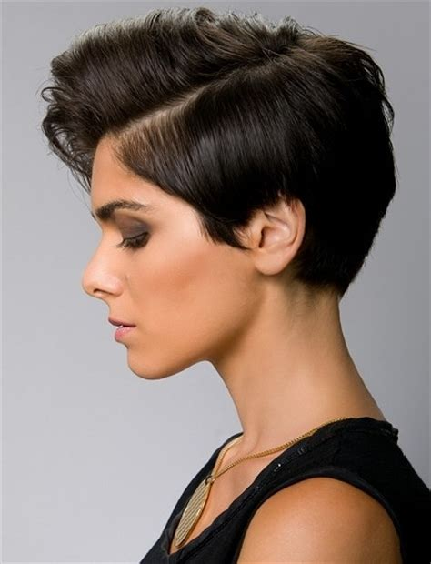22 Short And Super Sexy Haircuts  Styles Weekly