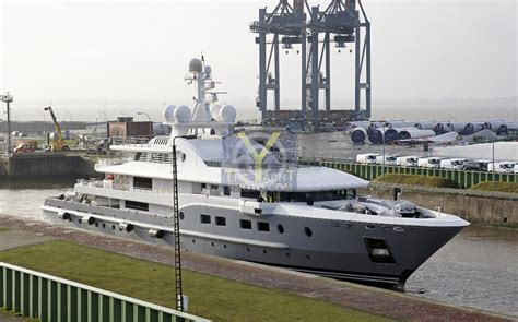 Yacht Kogo by Motor Yacht Kogo Alstom Aker Yards 71 71m 2006