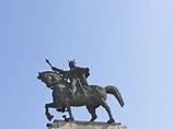 Equestrian statue of Stephen III of Moldavia in Suceava ...