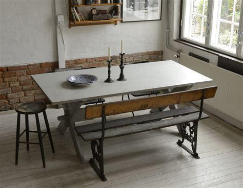 butik lanthandeln stort rustikt matbord salt