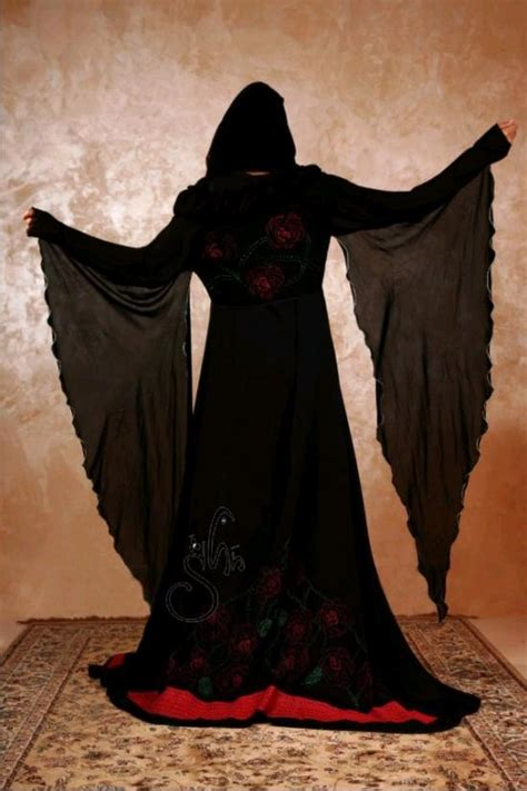 abaya turki awesome fashion 2012 awesome abaya 2012