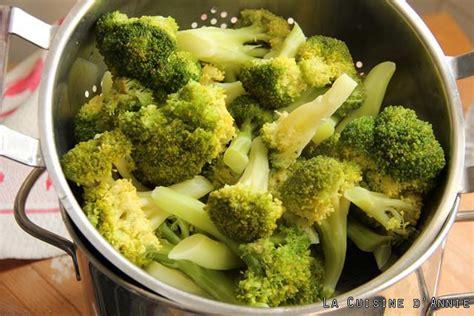 cuisiner les brocolis recettes recette gratin de brocolis à la béchamel la cuisine