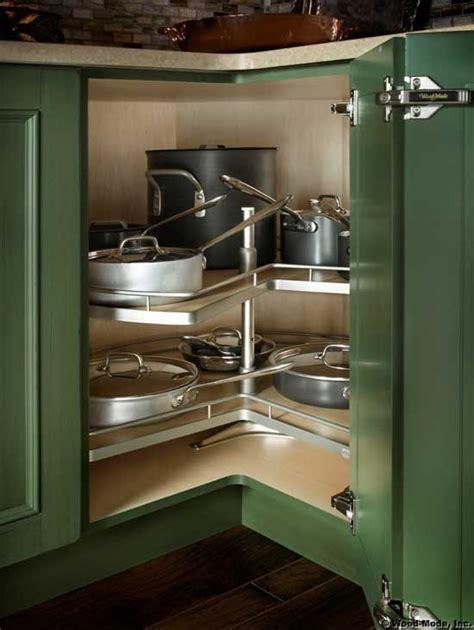 Corner Kitchen Cabinet Organization Ideas by Best 25 Corner Cabinet Storage Ideas On Ikea
