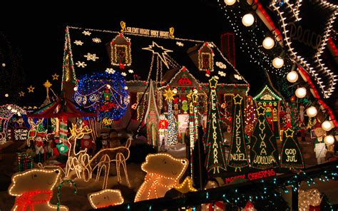 The Best Christmas Light Displays In Every State  Travel + Leisure