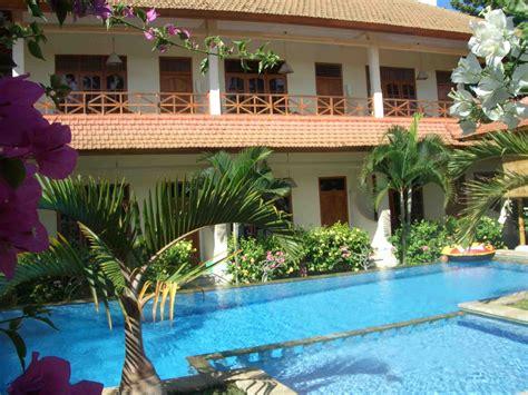 Villa Jaya, A Lovina Beach Hotel