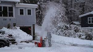 Early Winter Storm Pummels Northeast - The New York Times