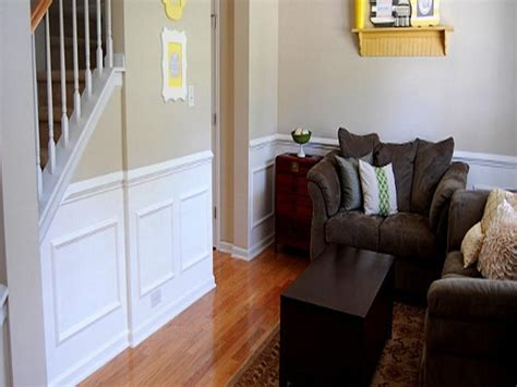 Faux Beadboard Wallpaper : Simple Ways To Install Faux Wainscoting Wallpaper