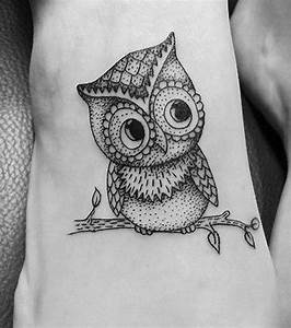 Tattoo Auf Dem Fuß : eulen tattoo 20 s e tattoo ideen f r alle k rperpartien ~ Frokenaadalensverden.com Haus und Dekorationen
