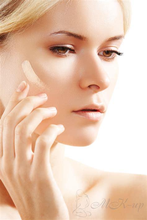 Как правильно наносить тональный крем кистью спонжем руками советы и маленькие хитрости . MAKEUP!