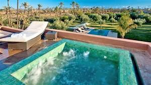 Location de villa a marrakech villa de luxe a marrakech for Villa avec piscine a louer a marrakech
