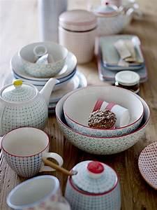 Geschirr Set Vintage : bloomingville tassen carla 3 st jannem ~ Markanthonyermac.com Haus und Dekorationen
