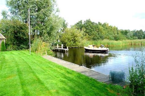 Boot Te Koop Eernewoude by Vakantiehuizen Aan Het Water Op Buitenplaats It Wiid