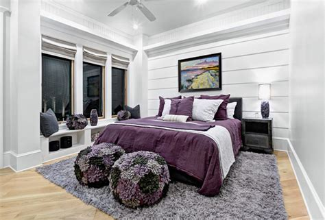 Bedroom Ideas Black White And Purple by 15 Stunning Black White And Purple Bedrooms Home Design