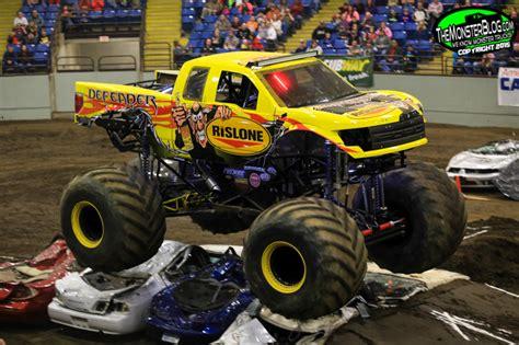monster trucks racing videos themonsterblog com we know monster trucks monster
