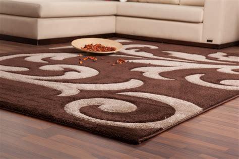 tapis moderne marron et beige 140x200 cm