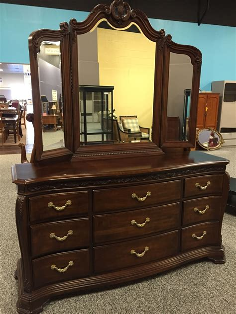 bob mackie bedroom set allegheny furniture consignment