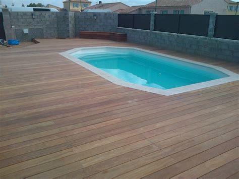 plancher bois piscine exterieur tour de piscine parquet et terrasse en bois aix en provence les terrasses du bois