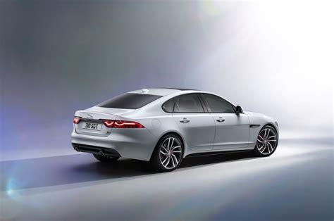 2018 Jaguar Xf Reviews And Rating Motor Trend