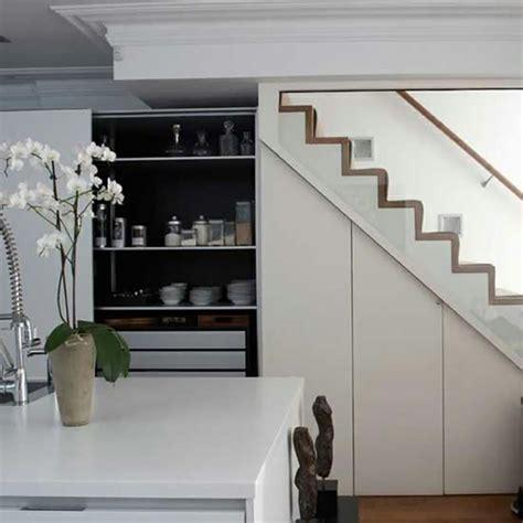 cuisine l cuisine design sous l escalier à voir design feria