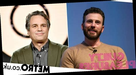 Mark Ruffalo reacts to Chris Evans' nude photo leak ...