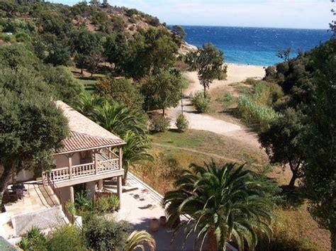 ferienhaus kaufen ausland ferienhaus haus villa tropez direct am strand mittelmeer in st tropez ferienimmobilien