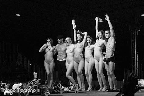 Marcello Bravo Erotik Show Stripper Xart Actor Acrobatic Showbooking Little Caprice