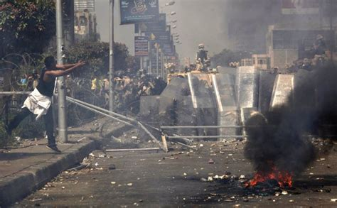 Un tribunal de Egipto condena a muerte a 75 participantes