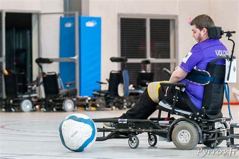 le tffc termine sa saison de foot fauteuil
