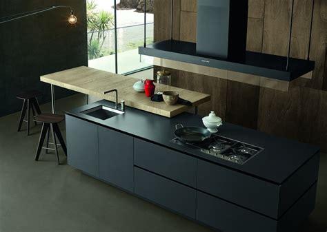 fabricant de cuisine italienne fabricant de cuisine italienne cuisine laque brillant et plans de travail blanc et