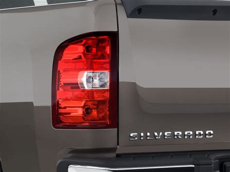 2008 chevy tail light image 2008 chevrolet silverado 1500 2wd ext cab 143 5 quot lt