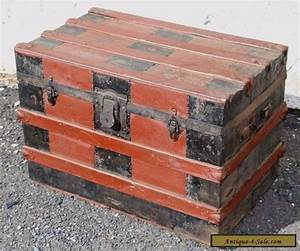 Antique flat top steamer trunk wood stave travel treasure for Wooden trunk coffee table for sale