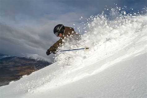 Skiing Winter Snow Ski Mountains Wallpaper 2048x1366