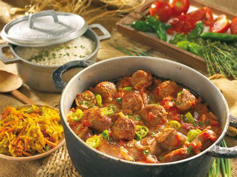 cuisine reunionnaise laissez vous tenter par la gastronomie réunionnaise au