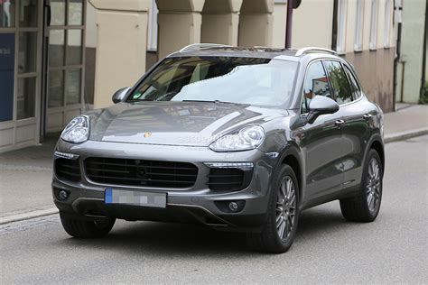 2015 Porsche Cayenne Facelift Spied Almost Undisguised