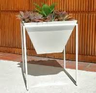 greenform planters california look planters by greenform haskell and pad l a at home los angeles times