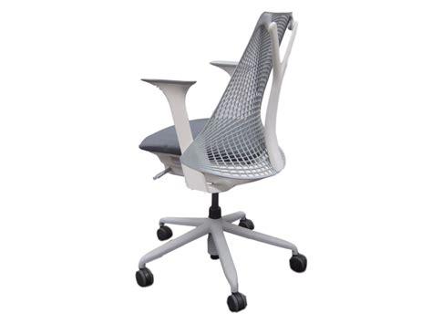 fauteuil de bureau d occasion fauteuil herman miller sayl gris adopte un bureau