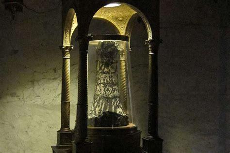 medieval devotion alive     handful  modern