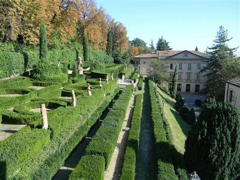 tappezzeria italiana villa spada sede museo e il giardino all italiana