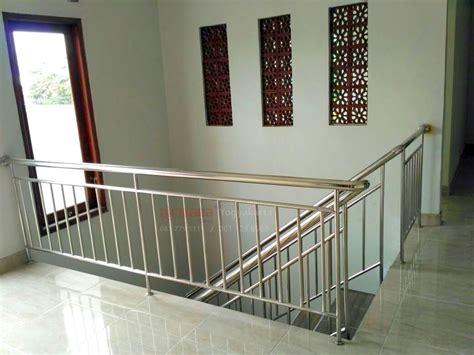 pemasangan railing tangga stainless  bantul nirwana