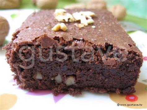 brownies aux noix brownie petits g 226 teaux au chocolat et aux noix la recette gustave