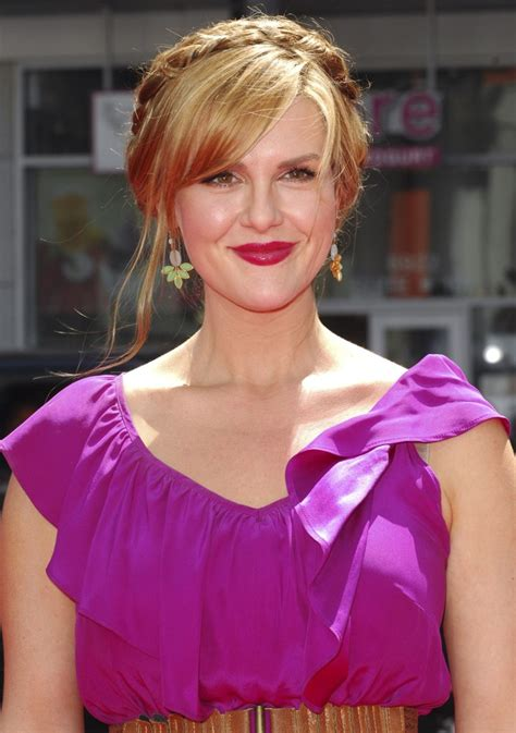 sara rue early years sara rue confirms pregnancy due early next year