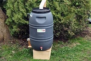 Bac De Récupération D Eau : barils de r cup ration d 39 eau offerts 20 lise fournier habitation ~ Melissatoandfro.com Idées de Décoration