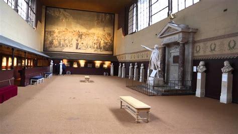 Tennis Court Versailles
