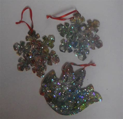 christmas art crafts for kids glitter and paint on wood