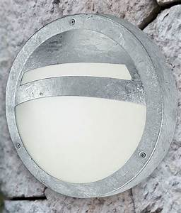 Exterior Galvanised Bulkhead Light